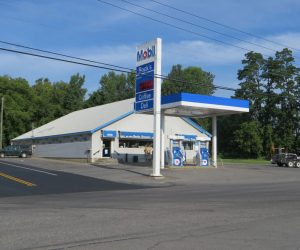 Rock's Grocery Store , 959 Route 22 B